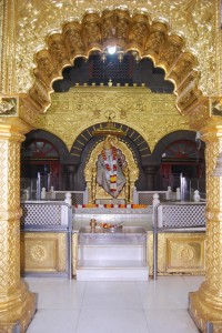 Shirdi Sai Samadhi darshan distant view